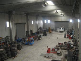 Capannone industriale in Via Del Progresso, 399, Feroleto Antico