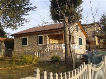 Villa, Decollatura, in nuova costruzione