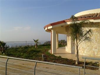 Villa, Zambrone, in nuova costruzione
