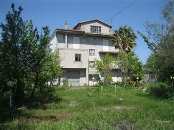 Villa, Cessaniti, abitabile