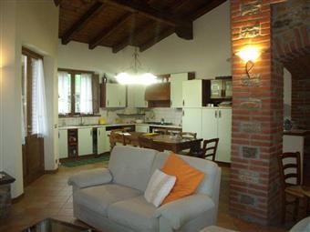 Villa in Via Del Castello, Rezzanello, Gazzola