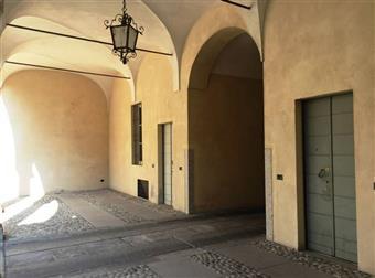 Ufficio in Via Sant'antonino, Centro Storico, Piacenza