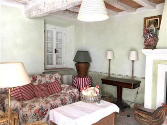 Rustico casale in Via Roma, Casaliggio, Gragnano Trebbiense