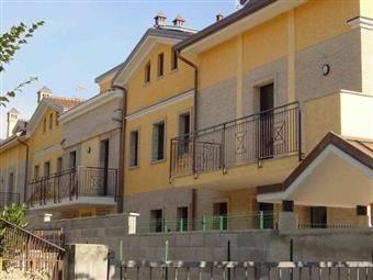 Villa a schiera in Via Tiziano -muggio' Confine Monza, Parco (vedano), Monza