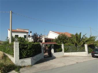 Villa, Appignano Del Tronto, in ottime condizioni