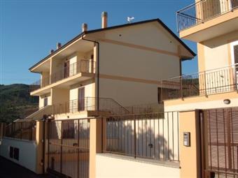 Bifamiliare in Via Delle Terme, Suio, Castelforte