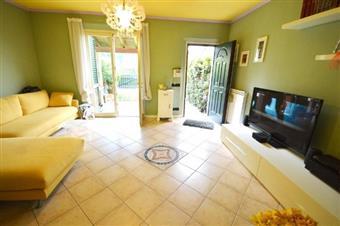 Villa a schiera, Maggiano, Lucca, in ottime condizioni