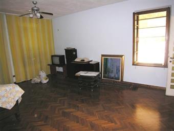 Appartamento indipendente, Rughi, Porcari, abitabile