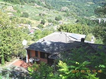 Villa, Roccalberti, Camporgiano, ristrutturata