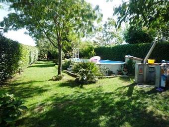 Villa, Padule, Porcari, ristrutturata