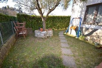 Terratetto, Meati, Lucca, ristrutturato