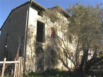 Colonica, San Donato, Lucca, da ristrutturare