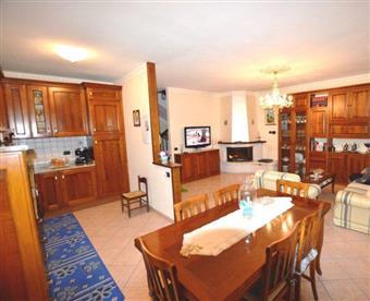 Appartamento indipendente, Rughi, Porcari, in ottime condizioni