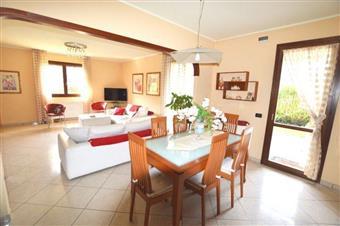 Villa a schiera, Badia Pozzeveri, Altopascio, in ottime condizioni