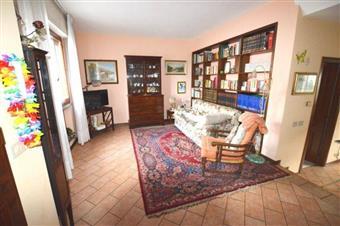 Villa a schiera, Antraccoli, Lucca, abitabile