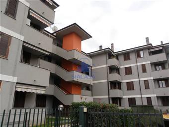 Trilocale in Via Fermi, Colnago, Cornate D'adda