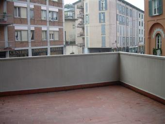 Quadrilocale, B.go S. Caterina Zona Suardi, Bergamo, abitabile