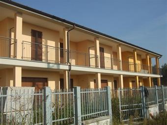 Villa a schiera, Badia Pavese, in nuova costruzione
