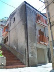 Terratetto in Via Regina Elena, Collesano