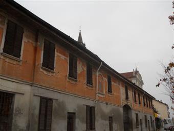 Quadrilocale, Santa Cristina e Bissone, da ristrutturare