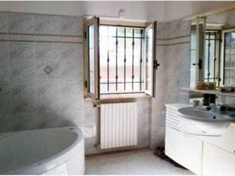 Villa, San Felice Circeo, ristrutturata