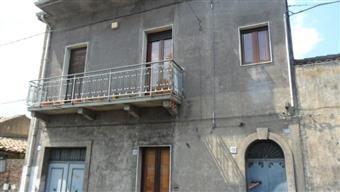 Casa singola in Acicatena, Catania