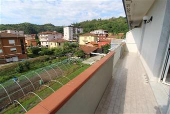 ImmobiliLa Spezia - Quadrilocale in Via Brigate Partigiane, Piano Di Follo, Follo