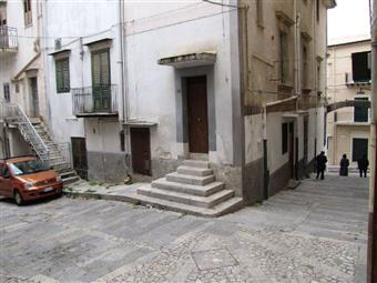Appartamento in Via G. Kastriota, 8, Piana Degli Albanesi