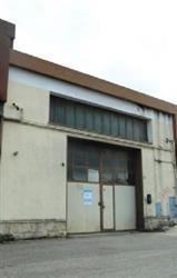 Locale commerciale in Via Dei Fiori, Avezzano