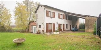 Casa singola, Bosnasco, ristrutturata