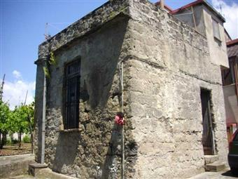 Rustico casale in Via Pastorano, Pastorano, Salerno