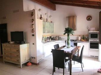Villa, Latisanotta, Latisana, in ottime condizioni