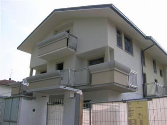 Casa semi indipendente in Corso 26 Aprile 58, Arluno
