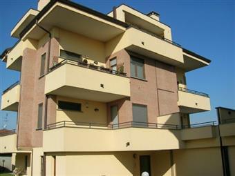 Trilocale in Via Turati, Arluno