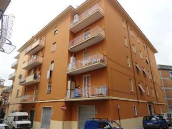Trilocale, Genzano Di Roma, ristrutturato