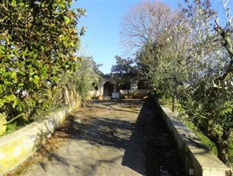 Villa, Landi, Genzano Di Roma, da ristrutturare
