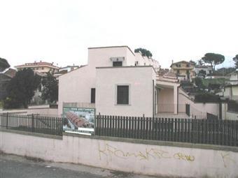 Villa, Trigoria, Roma, seminuova