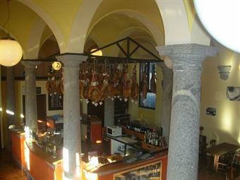 Locale commerciale in Piazza Ducato Di Milano, Lomazzo