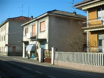 Locale commerciale in Via Cavour, Cislago