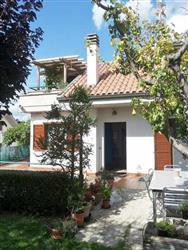 Villa a schiera in Via Delle Begonie, Ascoli Piceno