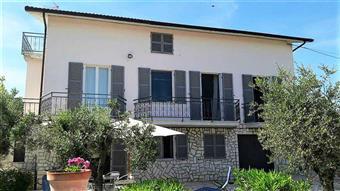 Villa in Contrada Petrella, Ripatransone