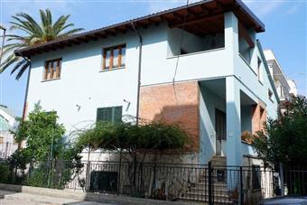 Villa in Via Verga 13, San Benedetto Del Tronto