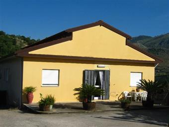 Villino, Montelepre, in ottime condizioni