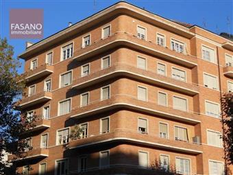 Quadrilocale in Corso Galileo Ferraris, Crocetta, Torino