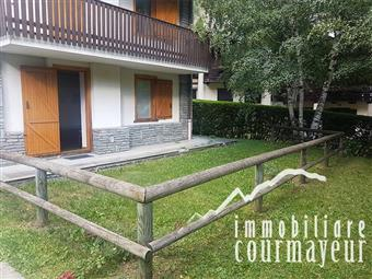 Quadrilocale in Località Entreves, 1, Courmayeur