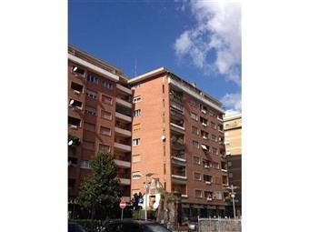 Bilocale in Via Portuense, Trastevere, Aventino, Testaccio, Roma