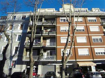 Bilocale in Corso Duca Di Genova  20, Ostia, Roma