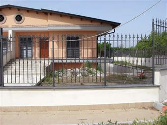 Villa a schiera in Via Brancaccio, Scafati