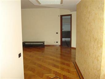 Appartamento in Via Marcello, Latina