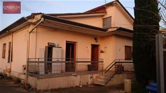 Casa singola in Via Sirio, Centro Storico, Latina